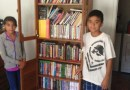 Listonosz zorganizował zbiórkę książek dla chłopca, który nie miał co czytać