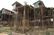 Kampong Khleang wioska na palach (13)