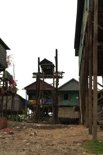 Kampong Khleang wioska na palach (24)