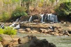 Wodospady dookola Bolaven Plateau w Losie (7)