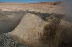 Gejzery na pustyni w Boliwii (3)