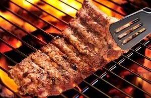Barbecue: Astuces pour manger sainement en se faisant plaisir