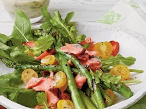 Salade saumon tomates asperges
