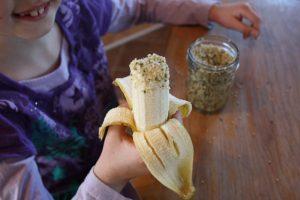 Bananes aux graines de chanvre