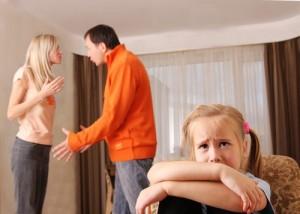 En Terapia de pareja, aconsejamos como primer paso, alejar a los hijos del conflicto de pareja.