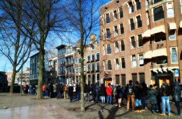 Waiting to see the Anne Frank House