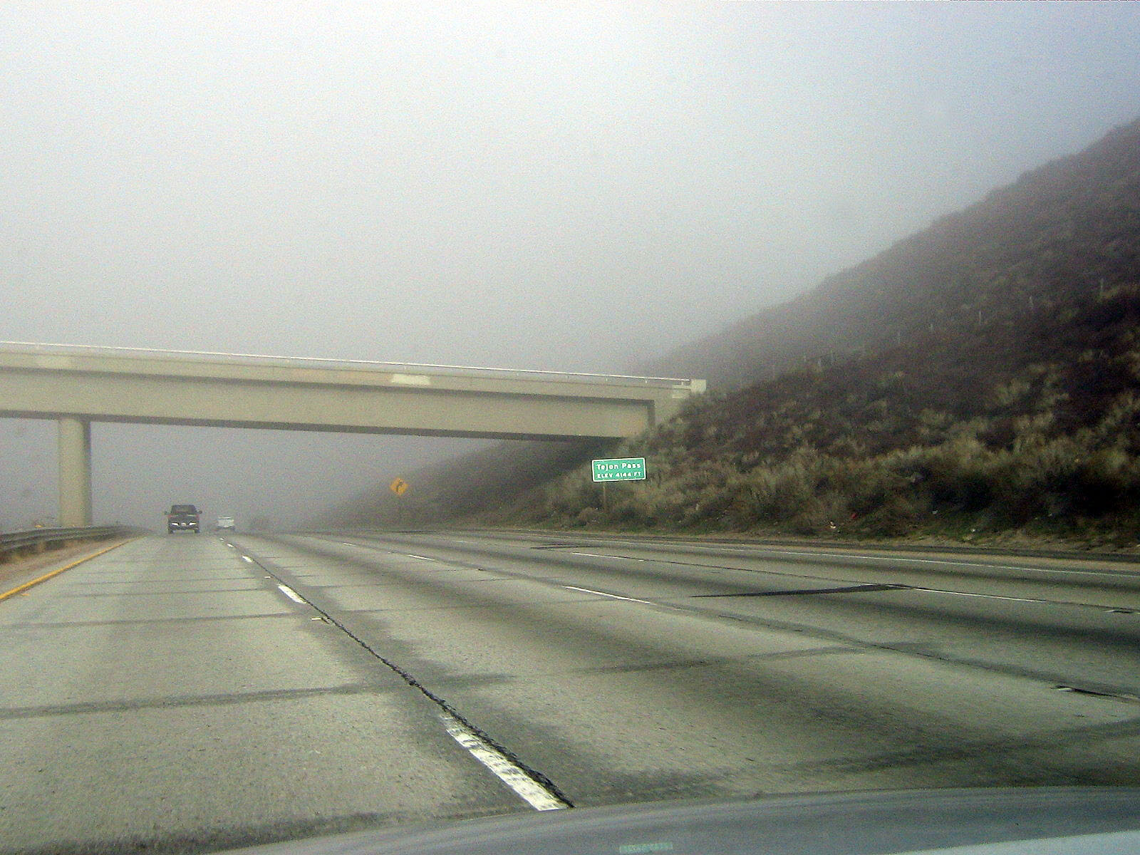 Driving Through Fog on Interstate 5 North (January 6, 2009)