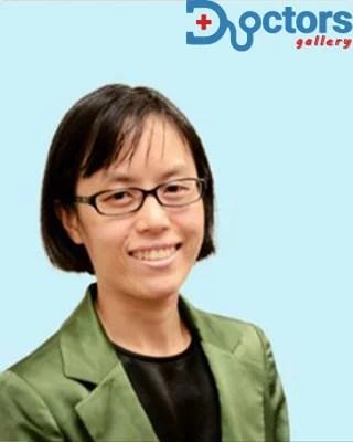 Dr Cassandra Loo