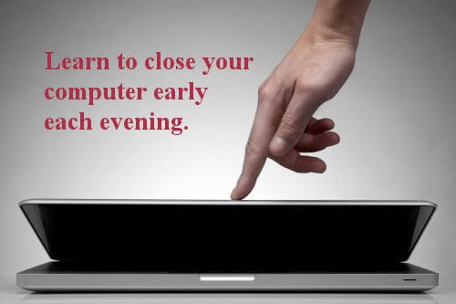 Computer - Closing Dollarphotoclub_37447605 - 500