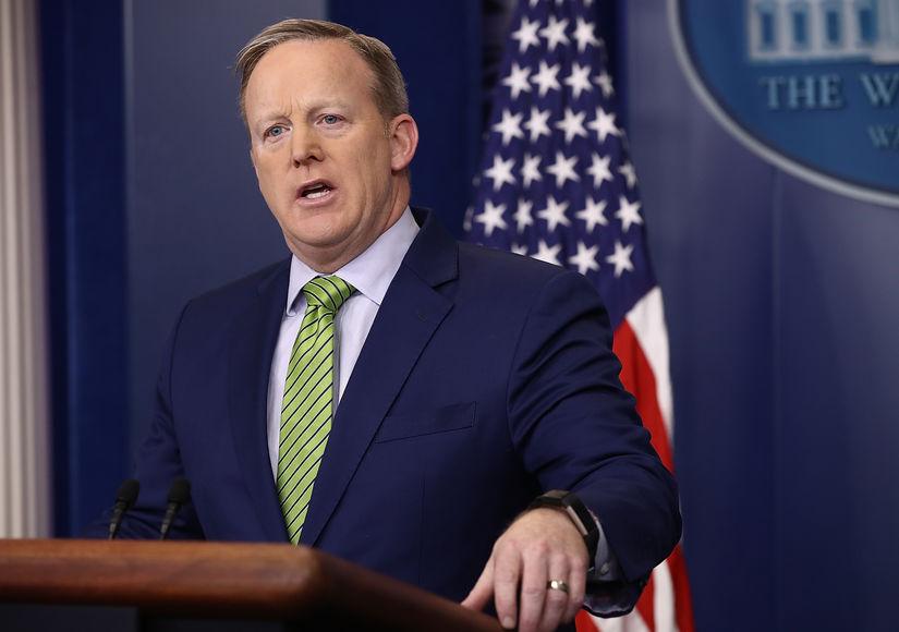 Press Secretary Sean Spicer Press Conference (3/29/2017) | LIVE