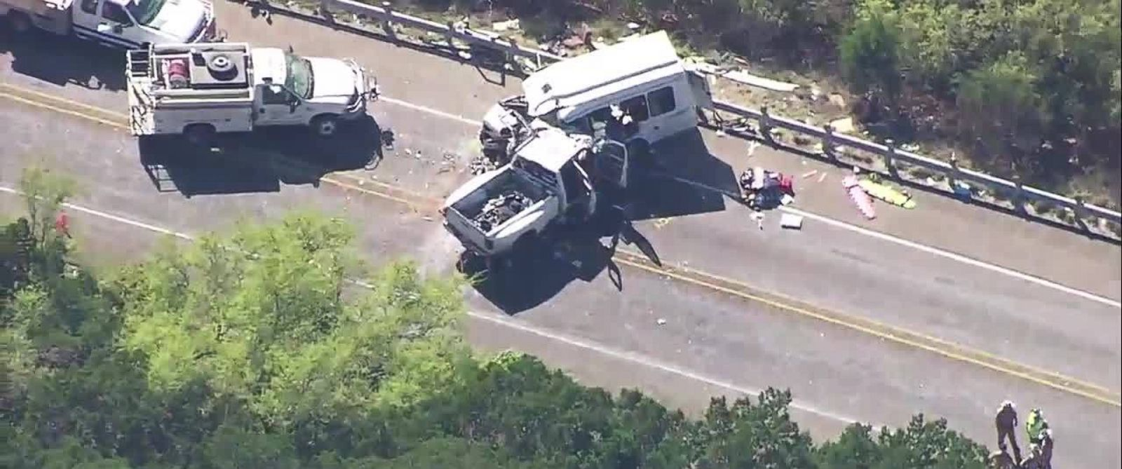 Church bus crash in Texas kills at least 12 dead; 3 others injured
