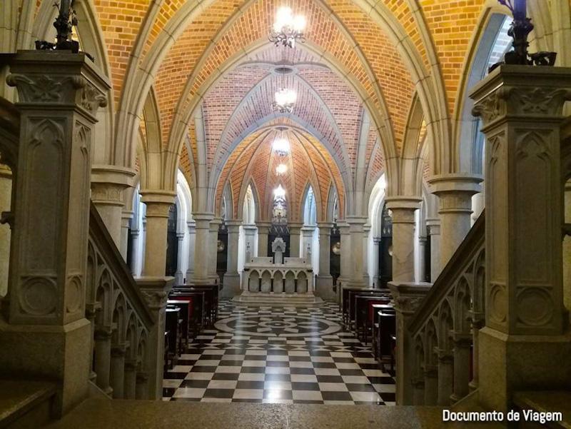 Igreja subterrânea