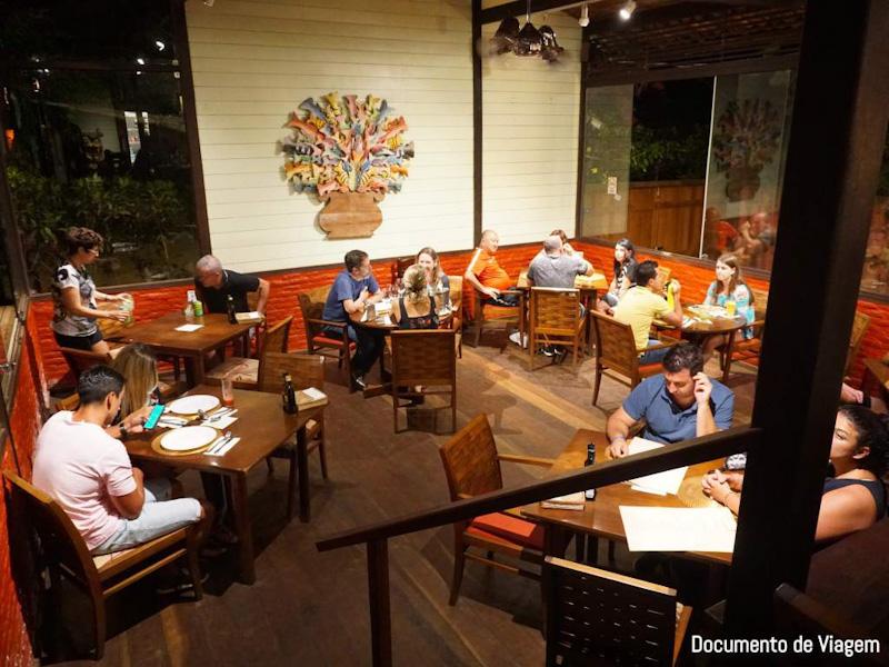 Restaurantes em Fernando de Noronha