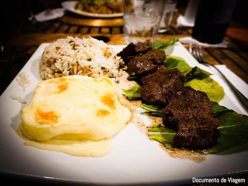 Onde comer em Fernando de Noronha