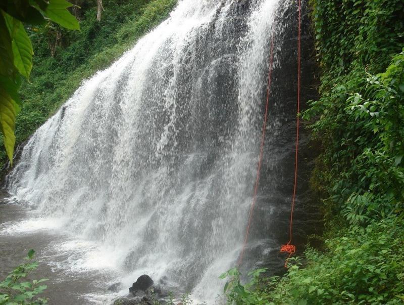 Rapel na Cachoeira de Noré