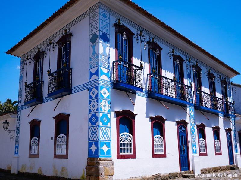 Casa do Abacaxi City Tour em Paraty