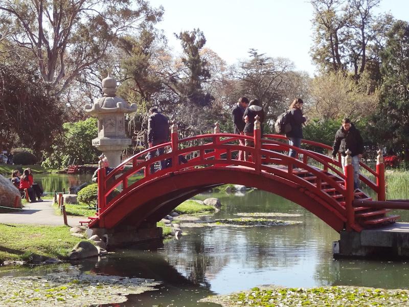 Ponte Vermelha Jardim Lago