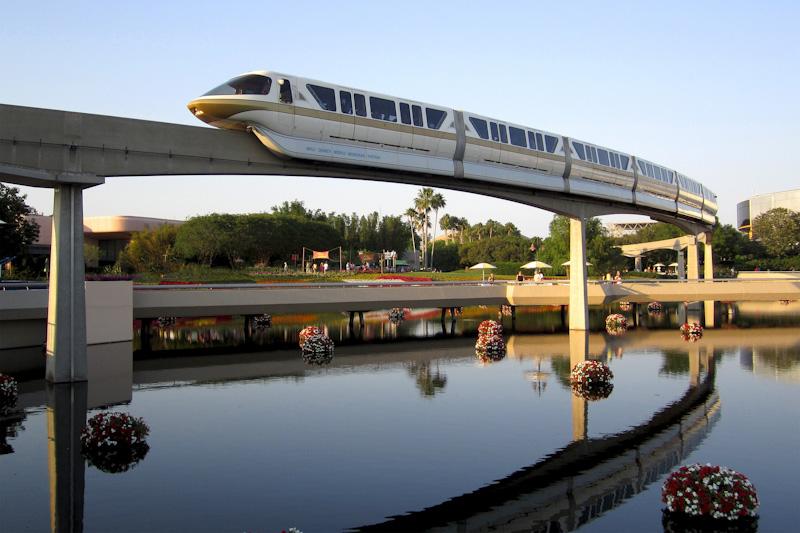 monorail-1608967_1920_edited