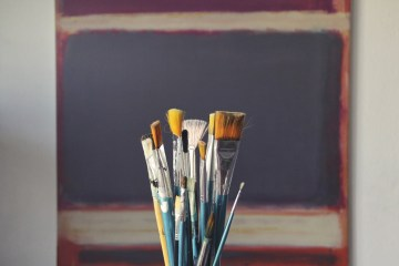 10 DIY Decorating Projects to Develop Your Creative Skills