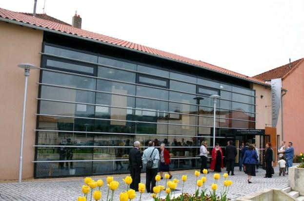 Bibliothèque Cours-la-Ville façade