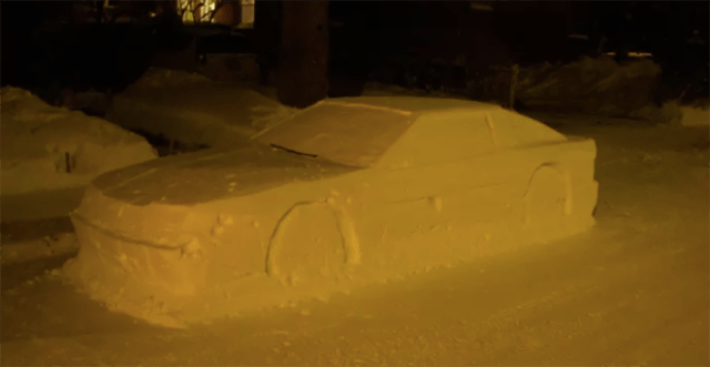 Car Made From Snow In Montreal