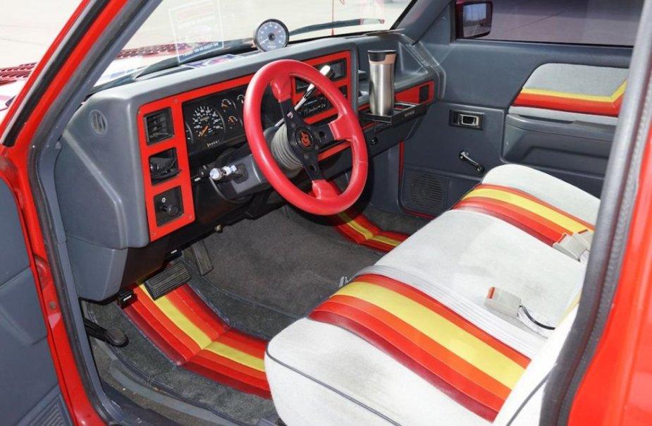 1987 Dodge Dakota Custom Inside