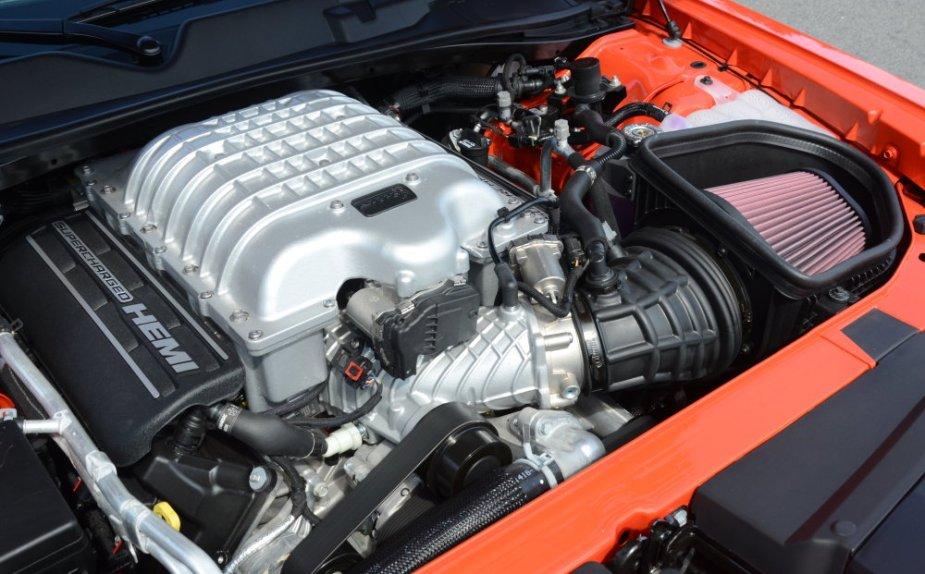 Dodge Challenger Redeye Engine