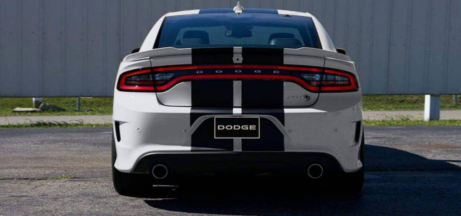2019 dodge charger -FCA