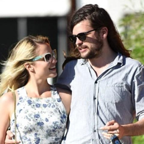 Dianna Agron, Boyfriend, partner