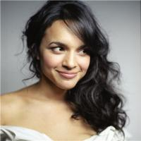 Norah Jones Biography, songs, husband, don't know why, net worth, age, son, Youtube, tour, red rocks, boyfriend, awards, Grammy, and father.