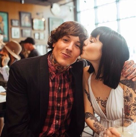 Oliver Skyes with Hannah Pixie