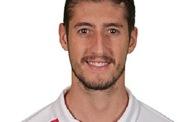 Sergio Escudero Biography, FC, Team, play, debut, wife, son, married, career, net worth, Twitter, Youtube, education, early life.