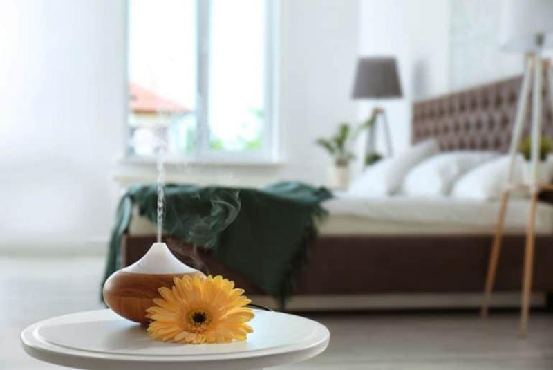 Difusor de essências para ambientes no quarto