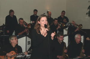 Big Band Melody & Rhythm en Embrace
