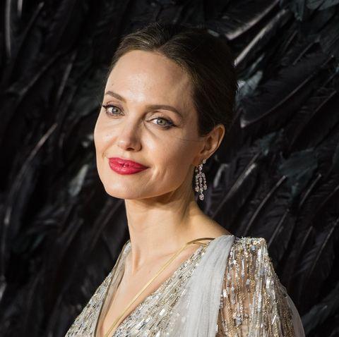 Angelina Jolie vient en aide aux enfants pauvres des Etats-Unis