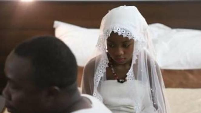 Un mariage forcé pour une vie volée au Burkina Faso