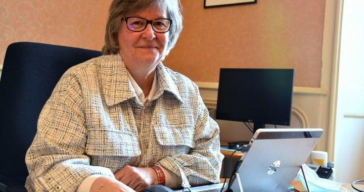 Michèle Dollé, première femme Maire d'Hennebont