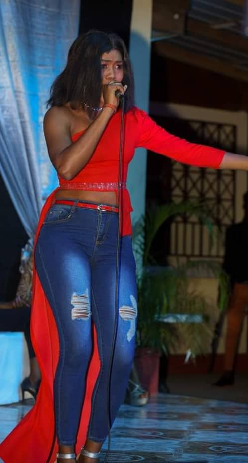 Vanessa Tanis, une voix qui s'impose dans le milieu musical haïtien