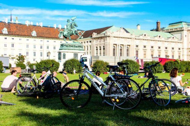 Parque de los Héroes, Viena