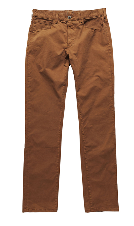 Chinos slim DOCKERS, 110 €.