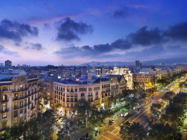 Vista de Barcelona desde el rooftop del Mandarin Oriental Barcelona, uno de mis hoteles preferidos de la ciudad.