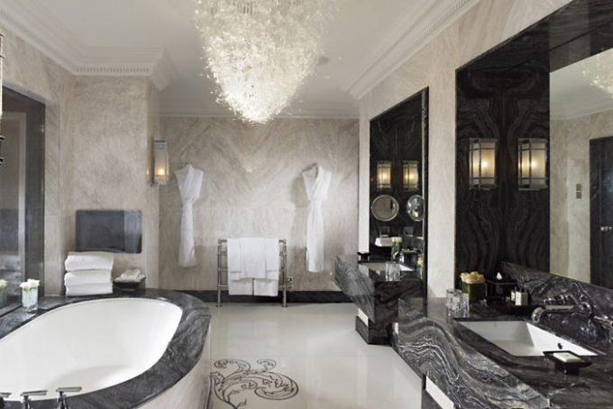 Cuarto de baño de la suite Real. Foto: Mandarin Oriental.