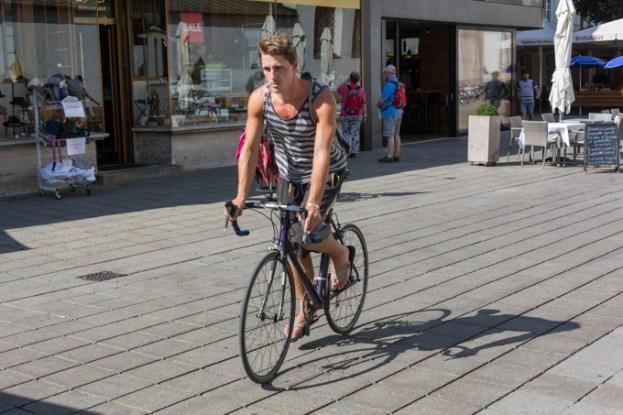 Los ciclistas circulan por toda la ciudad.