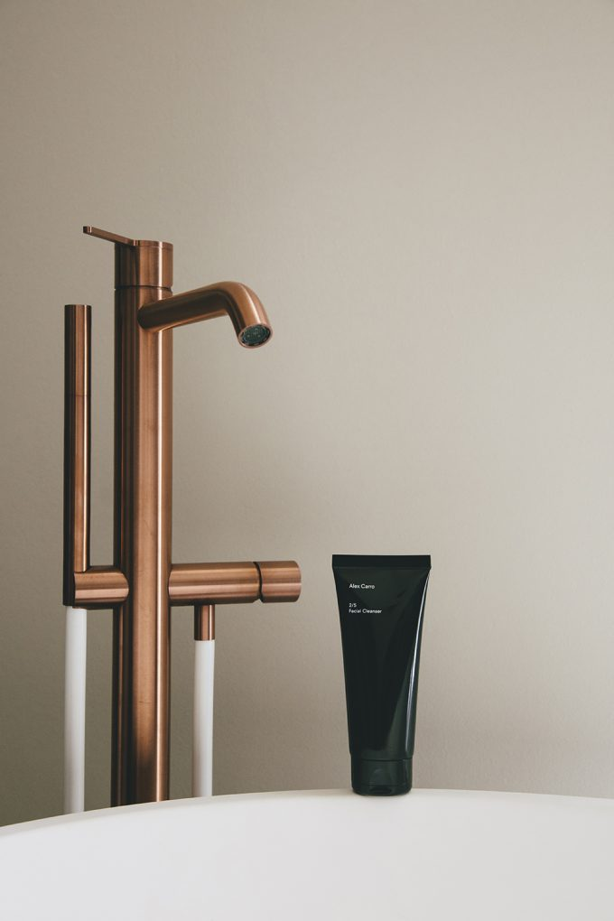 Limpiador facial de Alex Carro.