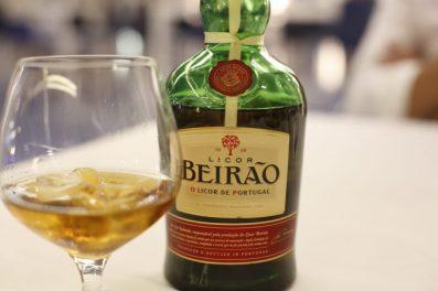Mi copa de Beirao, el licor de Portugal que gusta desde 1929.
