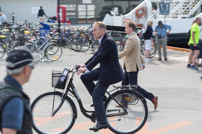 Como ciudad green, las bicicletas circulan por todos lados.