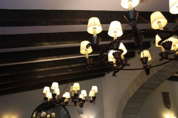 Lámparas del restaurante.