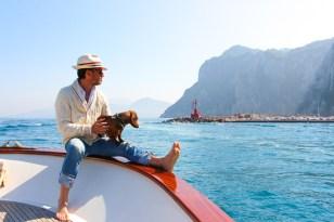 Navegando por el Golfo de Nápoles.