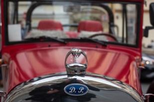 Detalles de la réplica de un Ford de 1930.