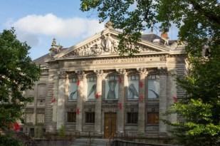 Museo de Historia Natural desde la rue Athénas.